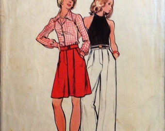 """Butterick 3086 70's skirt and flares. Vintage sewing pattern Waist 28"""", 71 cm. Hips 38"""", 97 cm. Retro style."""