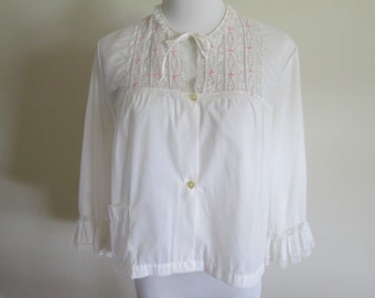 vintage 80s soft white buttonfront bed jacket