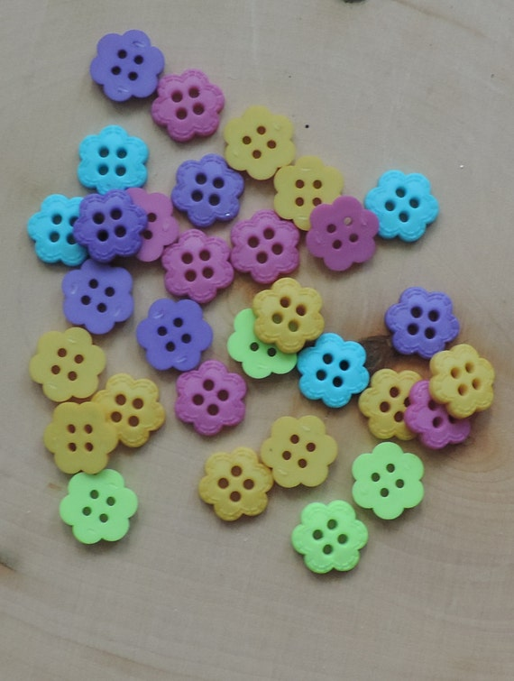 "Flower Buttons, Packaged Novelty Buttons, ""Flower Candy"" by Dress It Up Jesse James, 4 Hole, Sewing, Crafting, Embellishments"