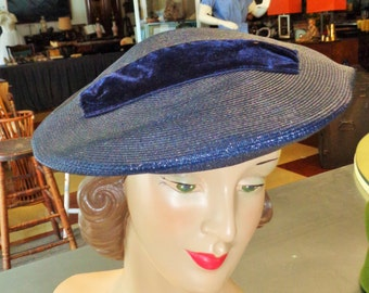 Vintage 1940s 50s Straw Hat with Velvet Ribbon Trim
