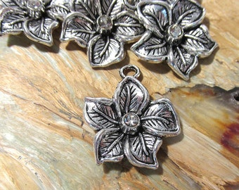 Silver Flower Charms Drops Pendants New Old Stock Silver Six (6) 25mm Flower Charms Rhinestones Jewelry Wedding Supplies Finding (G30)