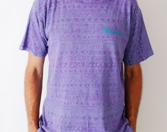 Vintage 90's surfer t-shirt, light purple, all over tribal pastel turquoise screen print, Mauna Lani, Hawaii, skater, beach, ocean, sea - L