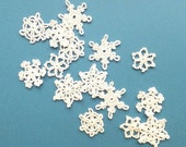 Crocheted snowflakes applique- handmade Christmas decorations - small snowflake decorations - white Christmas tree ornaments - set of 15
