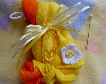 Baby Shower Corsage...Washcloth Duck ...Mom to Be Corsage...Duck Corsage...Boy, Girl or Neutral...Duck Themed Baby Shower