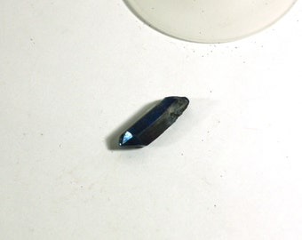 1 Raw Quartz Pendant - Painted Blue Metallic Crystal Quartz Pendant Bead - Jewelry Supplies, wire wrapping
