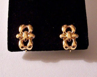 Napier Tied Bow Ribbon Clip On Earrings Gold Tone Vintage Adjustable Comfort Screwback Smooth Curved Ribs