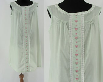 Vintage Seventies Nightgown - 1970s Babydoll Nightgown - 70s Light Green Night Gown with Floral Trim
