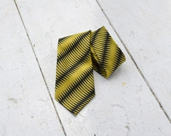 1960s Chartreuse and Black Necktie