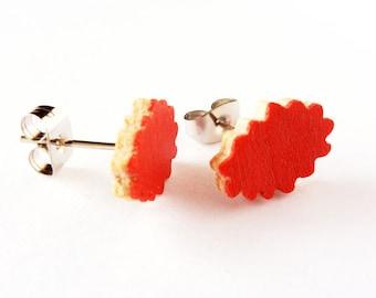 Wood clouds earrings, wood post earrings, lightweight earrings, small wood earrings, stud earrings, minimalist jewelry, jewelry women