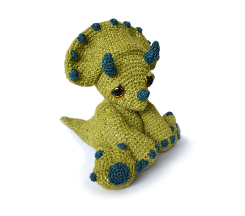 Amigurumi Dinosaur : Dinosaur Triceratops Amigurumi Crochet Pattern PDF Instant