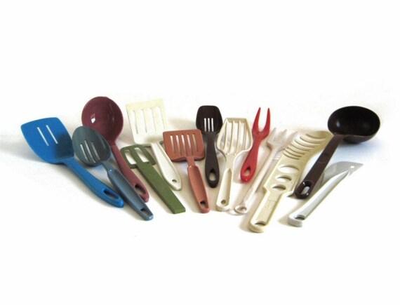 Nylon Plastic Kitchen Utensil(s) Ekco Plastic Spatula Slotted Spoon ...