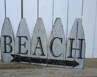 BEACH Picked Fence Weathered Rustic Handpainted Sign Great Vintage Look, Thefunkilittlefrog