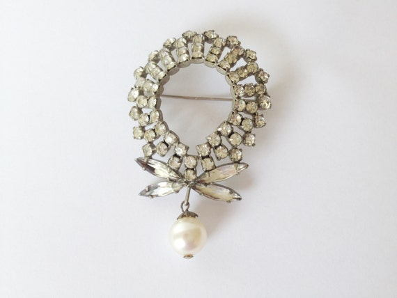 vintage big oval dragonfly rhinestone brooch with pearl