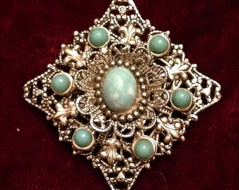 Vintage 30s/40s Rhodium Plated Filigree Brooch with Light Blue Cabochon Stones