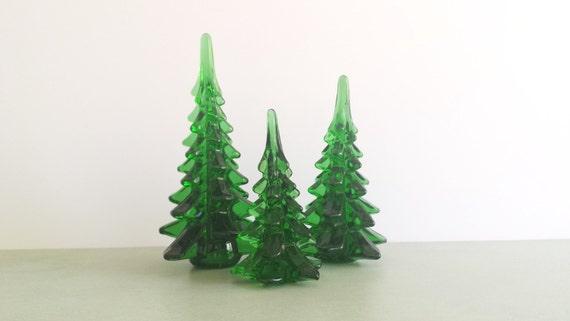 Vintage art glass christmas trees set of three green