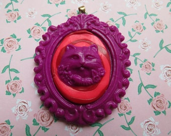 Cheshire Cat Cameo Pendant (pink and purple)