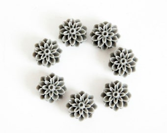 5 pcs Gray resin flowers / Resin cameo / Resin cabochon