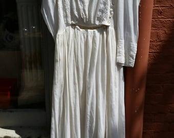 White Victorian Dress, Vintage Clothing, Vintage Dress, White Dress, Womens Clothing, Cotton Dress, Antique Dress, Victorian Clothing