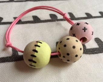 3 Bead friendship bracelet dot & stitch