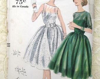 Vintage 50s Rockabilly Day Dress w Gathered Skirt Pattern 9744 Size 14 Bust 34