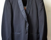 Dated 1964 Vintage ANANIA/LORD WEST Black Brocade Shawl Collar Cocktail Cuffs Dinner Jacket Tuxedo Smoking Jacket Approximately Size 41/42