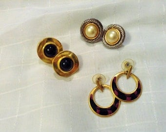 SALE ***3 Piece Pierced Earring Set - Gold and Black Color - Circles and Dangling Rings***
