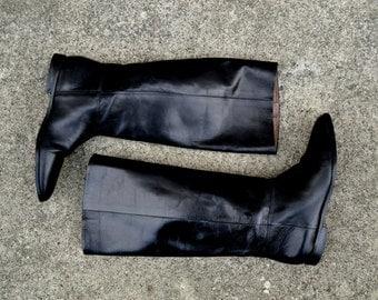 SALE: Sleek Black Leather Riding Boots - Size 6