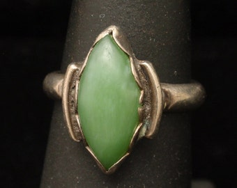 Green Stone Sterling Silver Ring Vintage