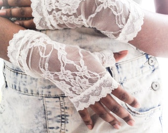 Ivory fingerless gloves, stretch lace fingerless gloves, bridal lace gloves, wedding lace gloves, lace gloves, Ivory gloves,