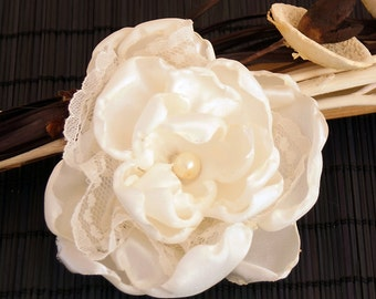 Ansteckblüte, hair flower, flower headdress,