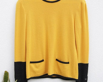 Super SALE: Vintage 1980s VALENTINO Cashmere Knit Sweater/Jumper