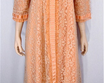 Odette Barsa Robe LARGE XLARGE Vintage Peignoir Hand Dyed Peach Upcycled Lingerie Lace Dressing Gown Peach Bridal Lingerie Vintage Bathrobe