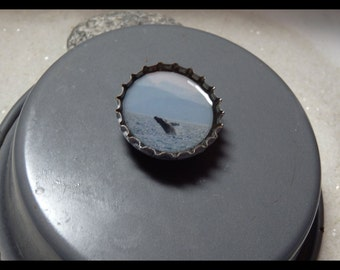 Bottle Cap Art - Whale Jumping. Magnet/or Pendant