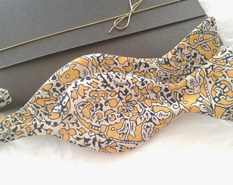 Liberty of London print bowtie freestyle self tie bow tie
