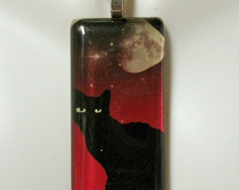 Black cat with the moon pendant and chain - CGP02-143
