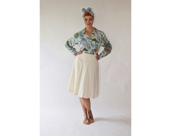 Vintage 80s/90s white skirt 1980s/1990s Pleated High waist Knee length Wool blend Small/Medium