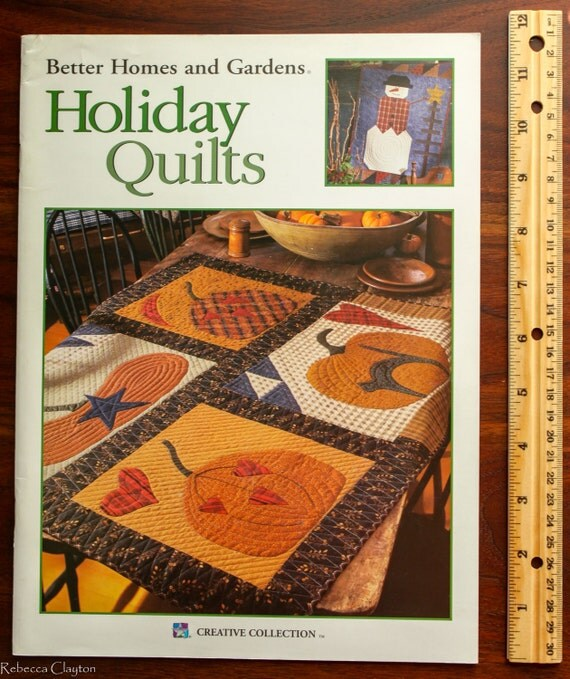Holiday quilt book by better homes and gardens for Better homes and gardens quilt