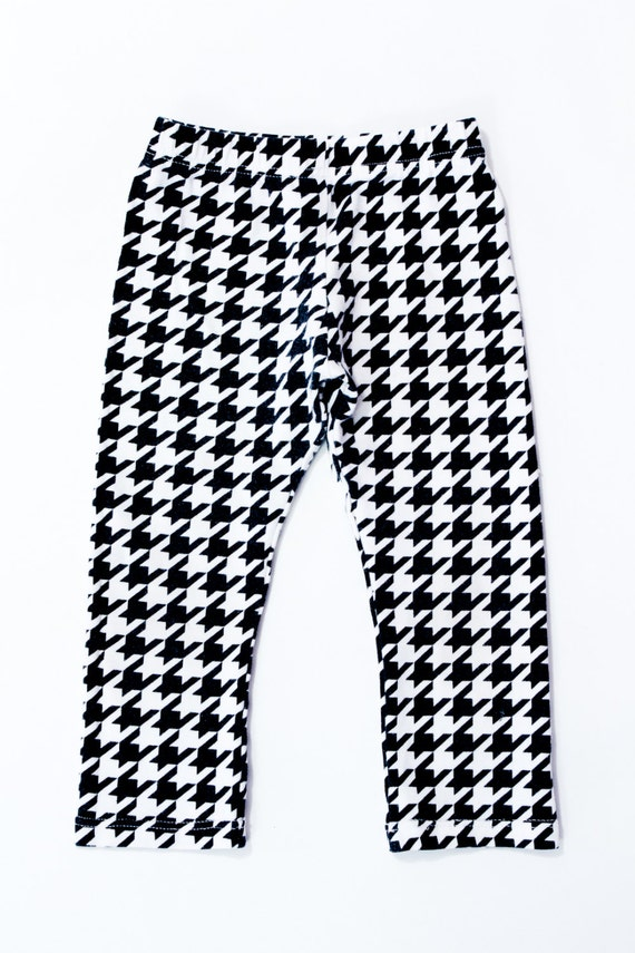 Clementine Apparel Toddler Girls' Ultra Soft 2 Pack Leggings, Black/White, 2T Clementine Apparel's best-selling solid black leggings are made from an ultra-premium material, durable and elastic, stretchy and comfortable fit .