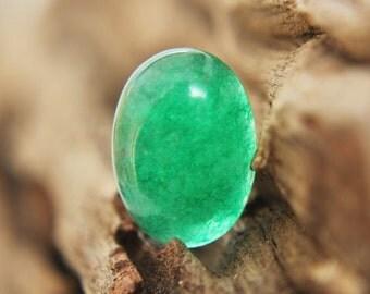 Gemstones - Green Jade Cabochon - oval 18mm x 13mm