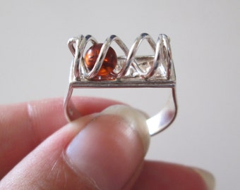 Amber Gemstone Spiral Geometric vintage sterling silver ring size 7.5
