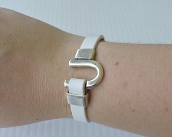White Leather Silver Horse Shoe Bracelet