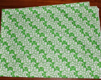 Cute vintage retro Fabric with printed clovers / trefoils in shining green. Made in Sweden Scandinavian.