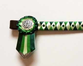 Forest, green and pastel green showing browband