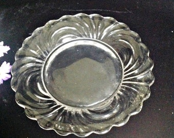 CLEARANCE!  Vintage CAMBRIDGE CAPRICE Bread Plate 6.25 Inch Crystal Bread and Butter Salad