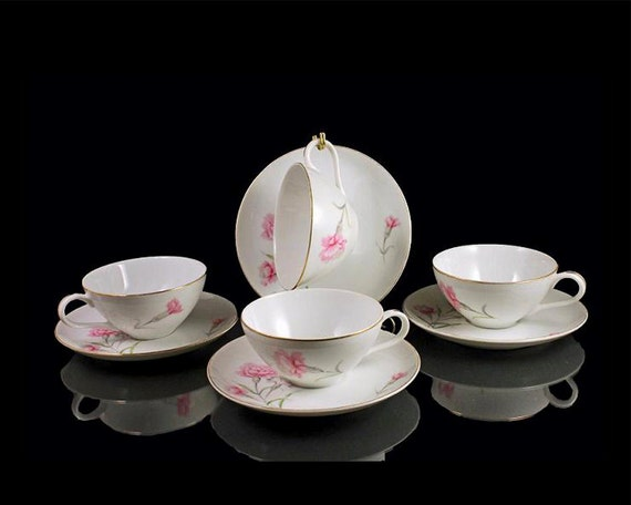 Teacup and Saucers Royal Court China Carnation Pattern Set of 4