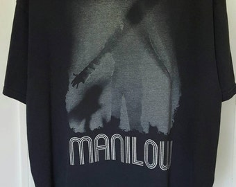 Barry Manilow Shirt XL