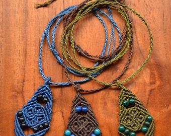 """""""Flor de Achira"""" Macrame necklace - choose your color"""