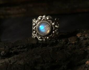 Kiva - Adjustable silver moonstone ring, rainbow moonstone ring, antique silver ring, moonstone ring, vintage moonstone ring, boho ring