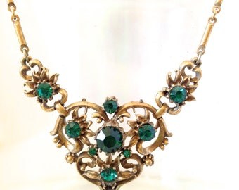 Vintage Coro Necklace in Emerald Green Rhinestone & Gold-Tone