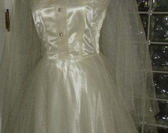Vintage 40s 1940s Ivory Tulle Wedding Dress Satin Under Dress Cap Sleeve Lace Cap Veil S Small